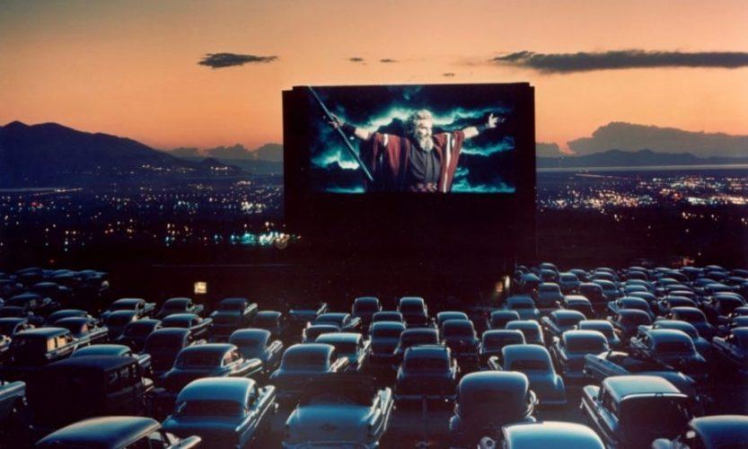 Samochodowe Kino Objazdowe w Porębie